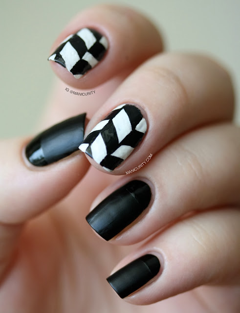 black-and-white-manikyr2