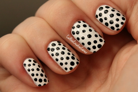 black-and-white-manikyr6