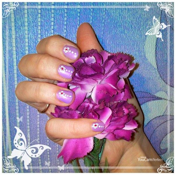 маникюр с цветочками