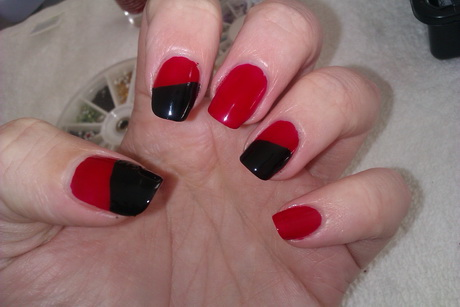red-and-black-nail-designs3