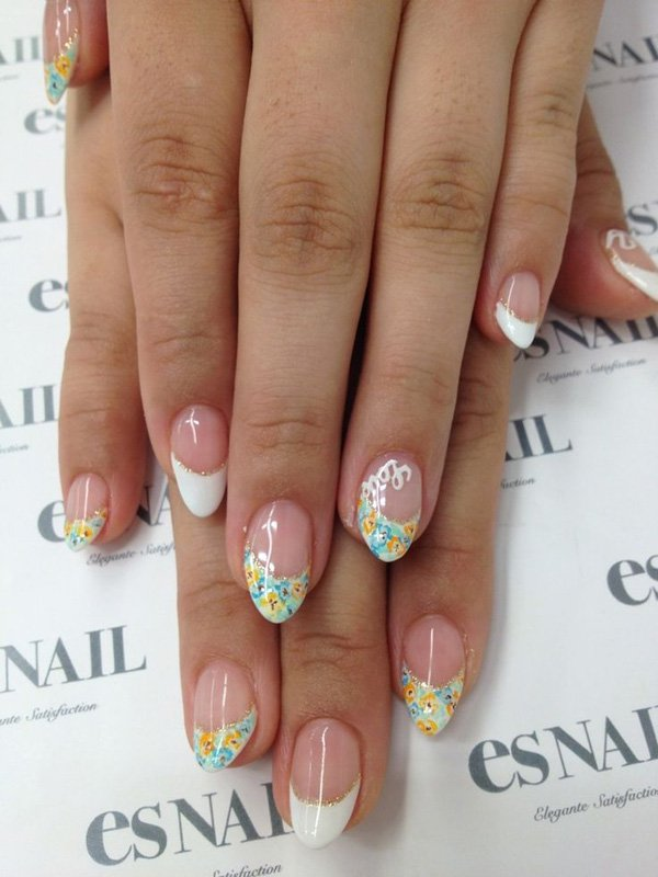 42French-Manicure