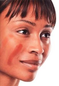 нанесение основы под макиях
