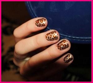 leopard-manicure