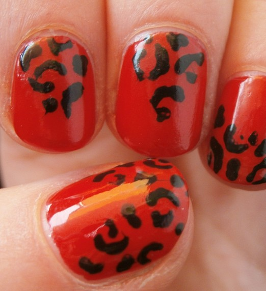 red-and-black-nail-designs13