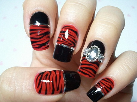 red-and-black-nail-designs4